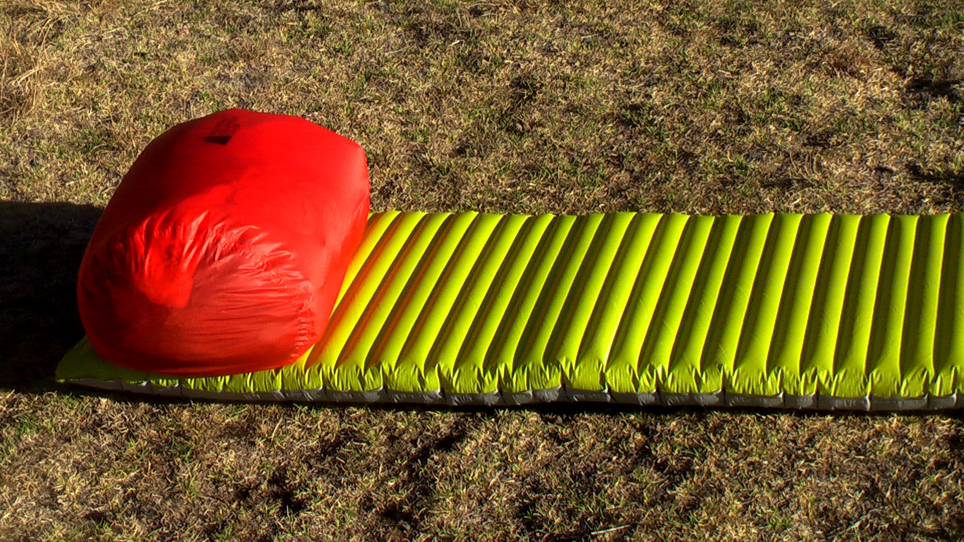 登山用軽量スリーピングマットの選び方とおすすめ比較!