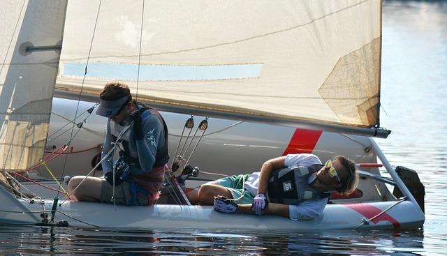 セーリング・ディンギー(ヨット)の乗り方