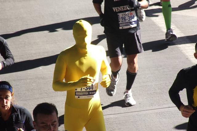 マラソンで携帯する栄養補給食のポイントと選び方